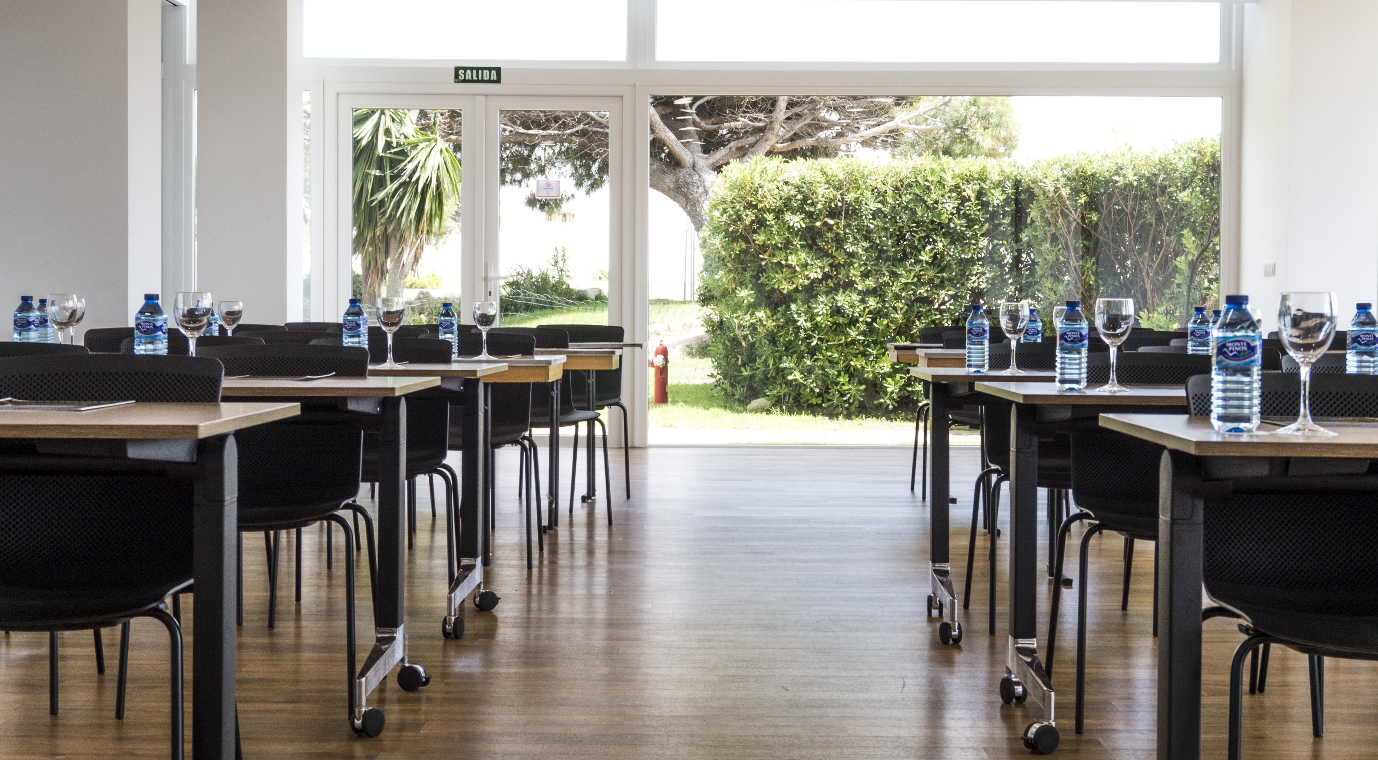 Diseño y desarrollo de los salones para usos multiples para el Gran Hotel del Coto